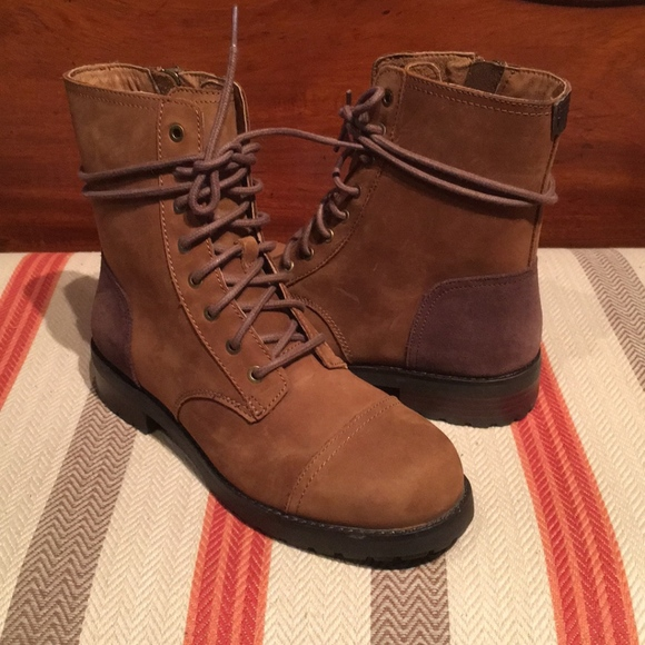 46e6ec2db87 UGG Womens Kilmer short Boot